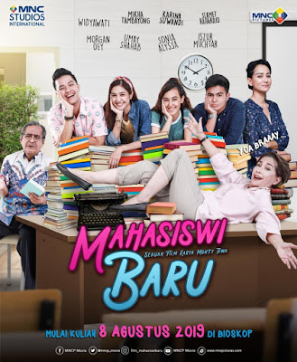official poster film mahasiswi baru