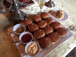 Savannah inn's burgers wow B&B lodging foodies at Zeigler House Inn| Photo (c) Jackie Heinz