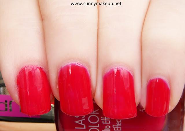 Swatch Pupa - Dot Shock. Collezione primavera 2016. Smalto Effetto Vetro Lasting Color Gel nella colorazione 151 A Passion Red.