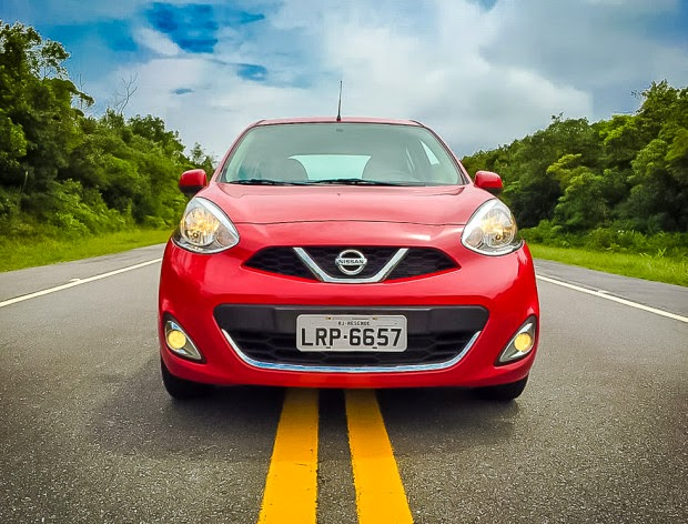Nissan March 3 Cylinder Car Test