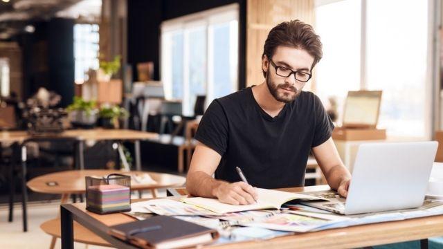 أفضل مواقع العمل الحر في العالم العربي