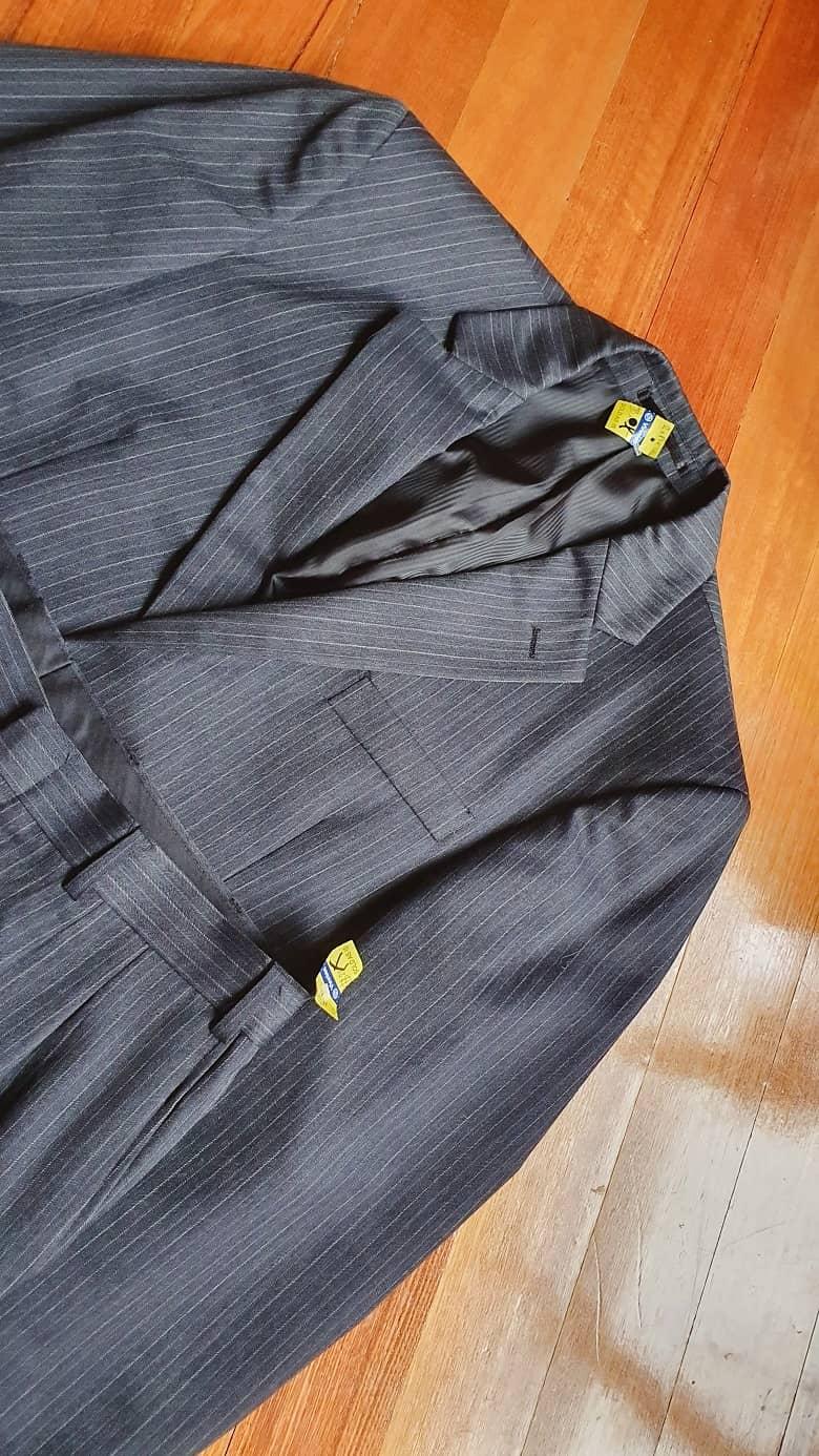 a picture of a men's suit