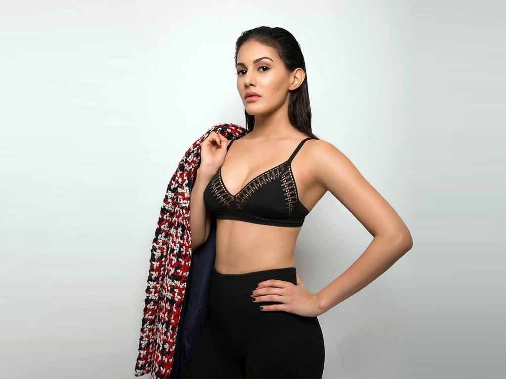 Amyra Dastur Latest Stills