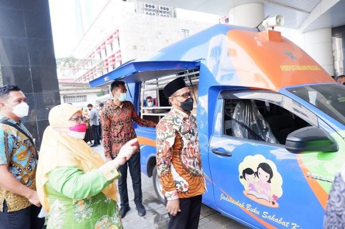Pemkot Depok Dapat Hibah Mobil Perpustakaan Keliling