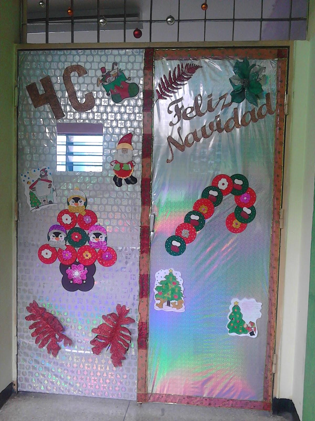 Salon de clases de decoracion de puertas for Puertas correderas salon decoracion