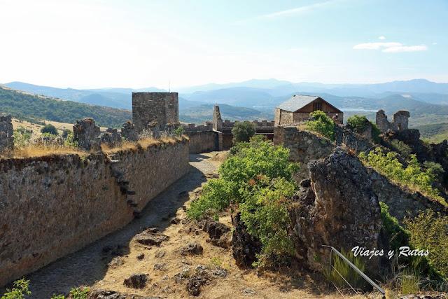 Castillo de Cornatel, León