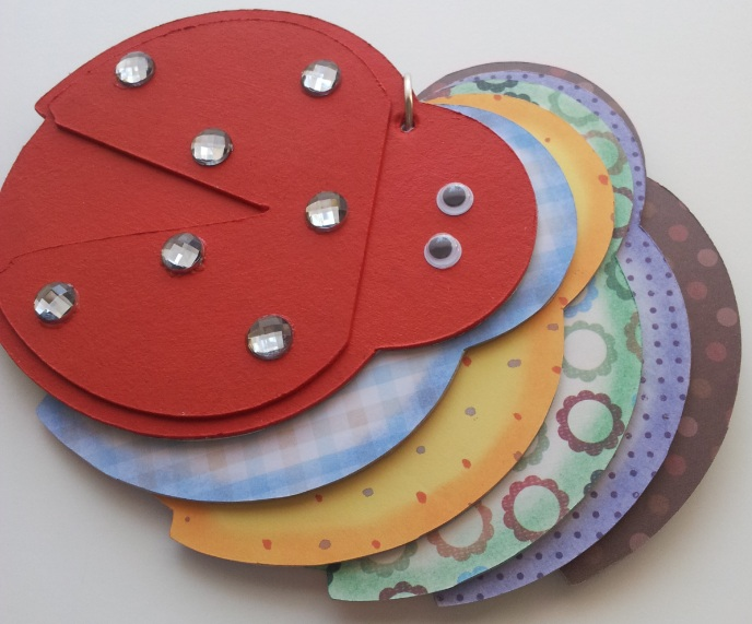 Ladybug Crafts For  Year Olds Cupcakes Toppers