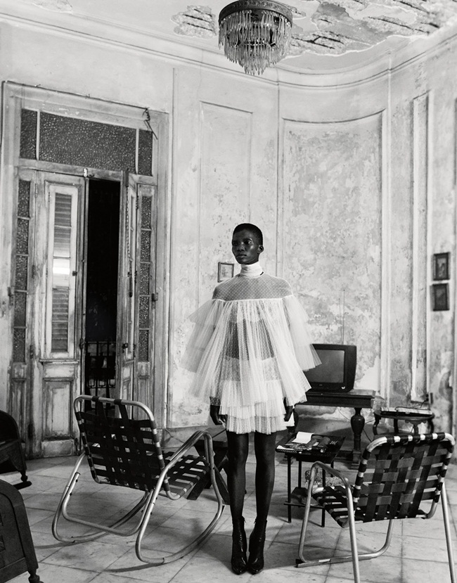 Valentino 2015 AW Little White Tulle Dress Editorials