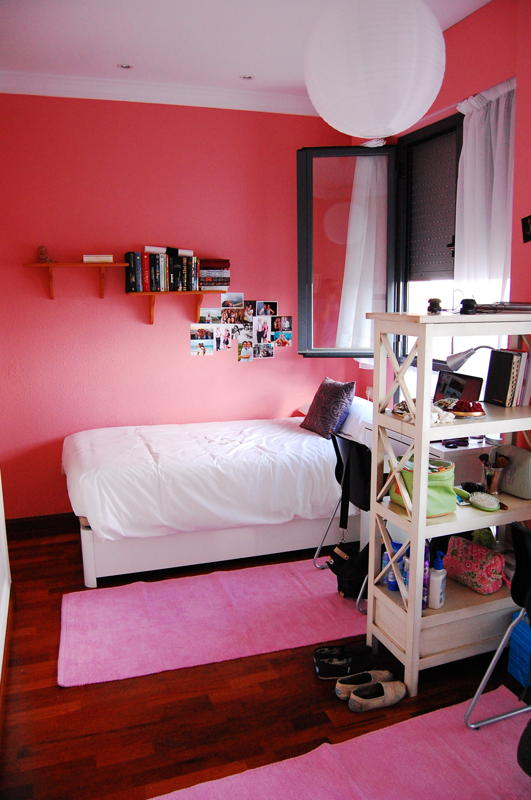 Ikea Dorm Room Ideas: Two Peas Abroad: IKEA Catalogue Dorm Room