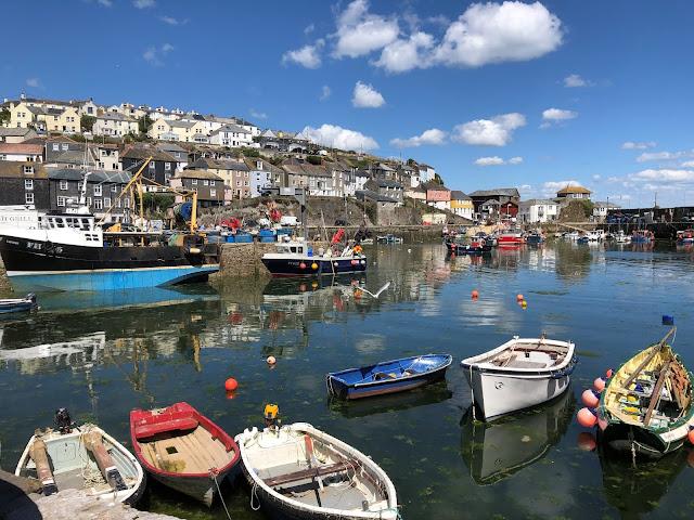 Mevagissy Harbour Cornwall, ocean, boats