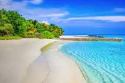 5 Tempat  Wisata  Pantai Pasir Putih Tulungagung Paling Populer
