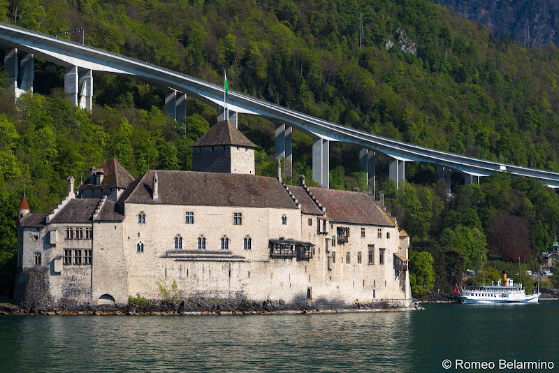 Chateaux de Chillon Lake Geneva Day Trips