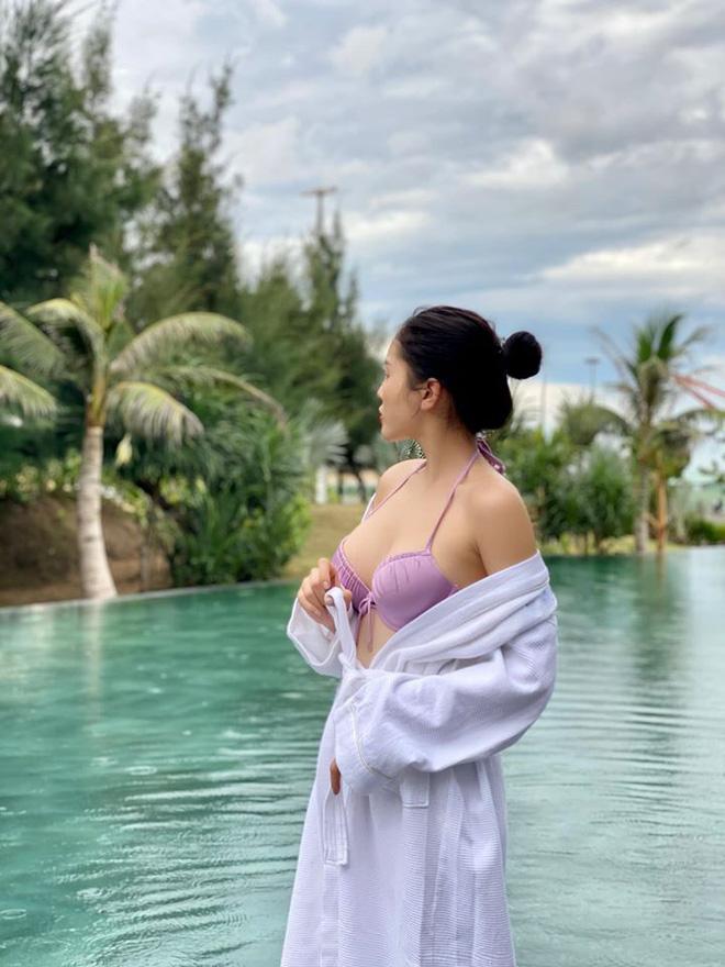 Hoa hậu Kỳ Duyên khoe thân hình gợi cảm
