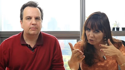 O arquiteto e escritor Jean Tosetto (quem?) conversa com Alice Porto - a Contadora da Bolsa.
