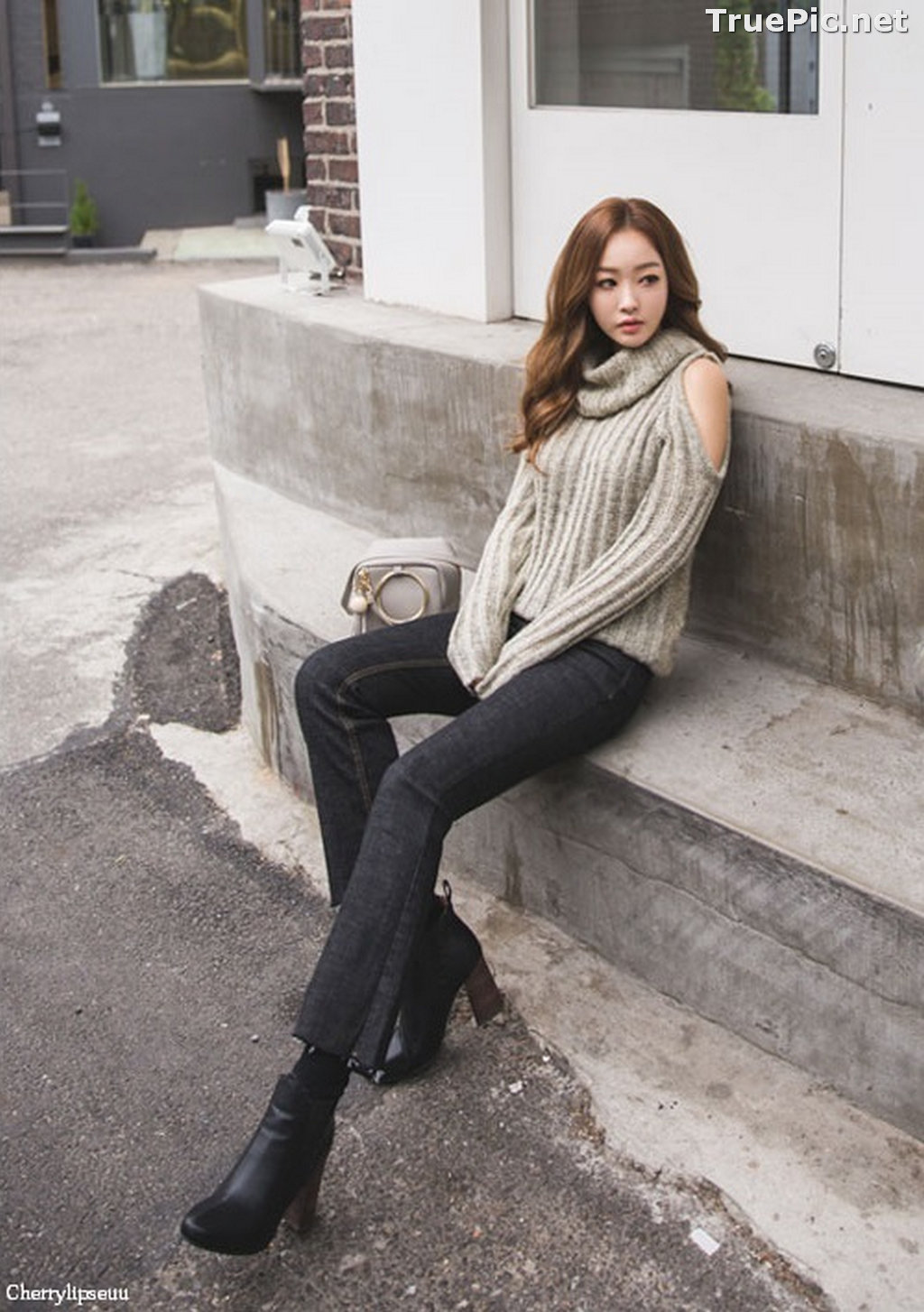 Image Korean Fashion Model - Ji Hyun - Casual Outdoor Collection - TruePic.net - Picture-5
