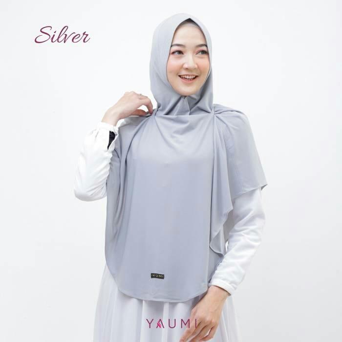 Yaumi Hijab Khimar Almira Silver
