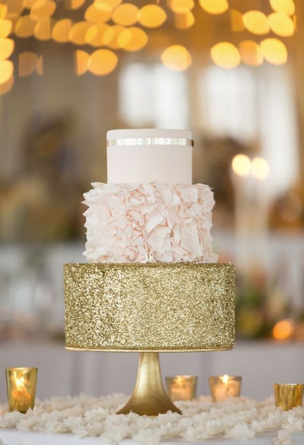 wedding cake gold
