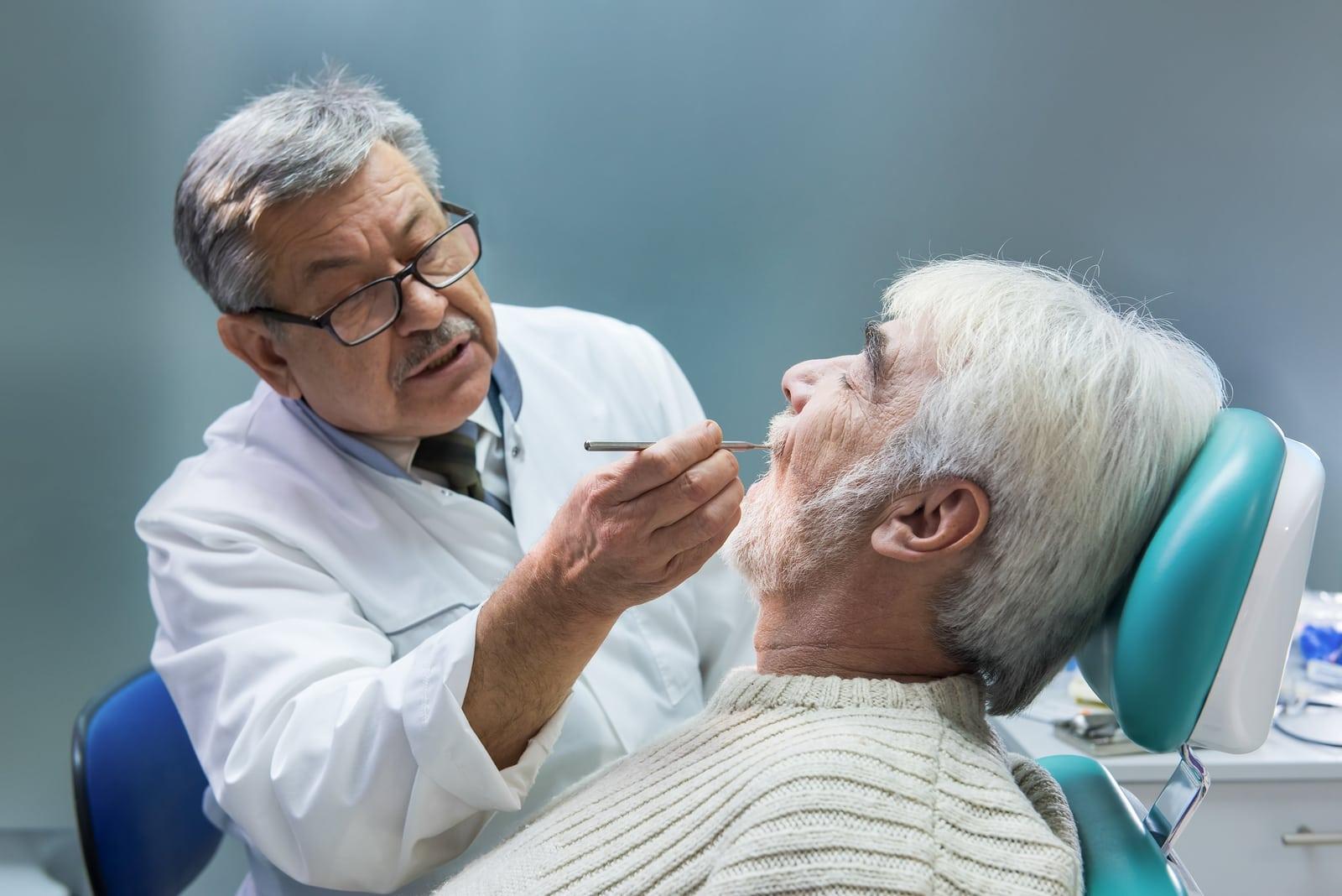 decontare-dentist-batrani