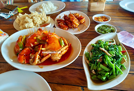Gubug Makan Mang Engking Pusat Jogja Untuk Keluarga Besar