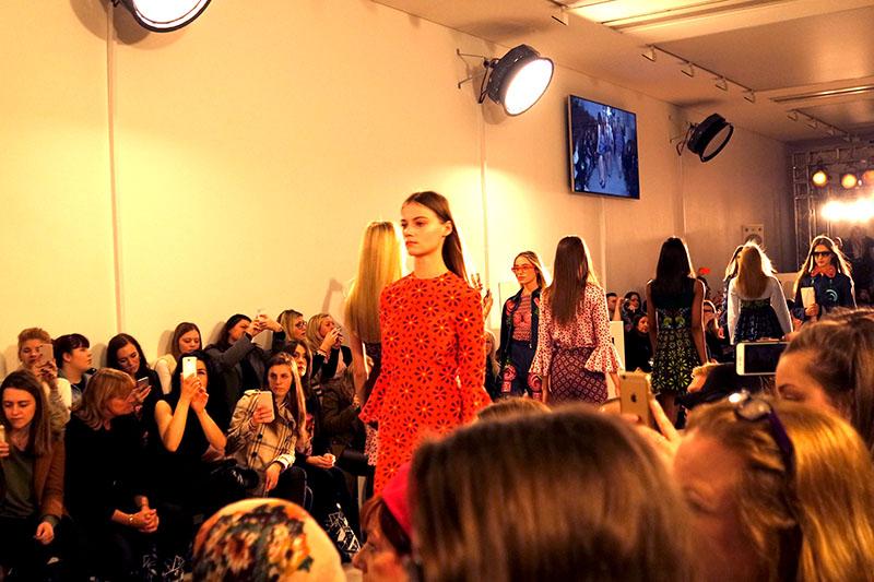 London Fashion Week 2016, Catwalk Show, Holly Fulton, Designer, London, fashion, style, sloane sqaure, Saatchi gallery, blogger,