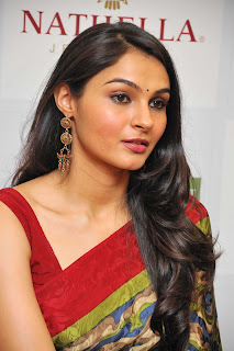 Andrea At Nathella Jewellery Event Gallery (19)