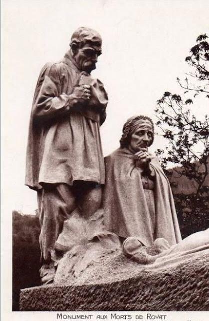 CPA monuments aux Morts du Puy-de-Dôme, Royat