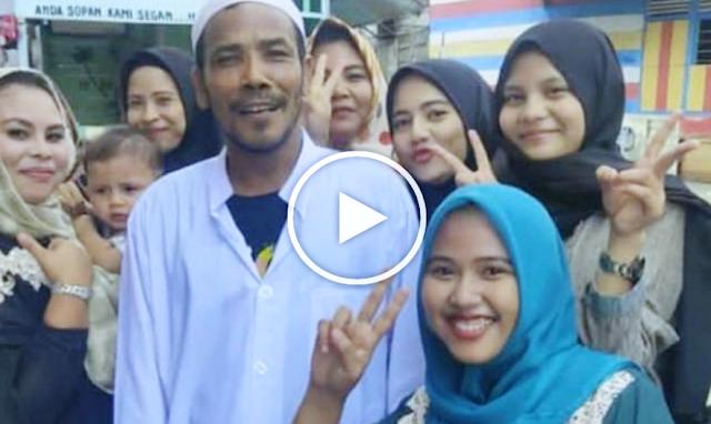 Tukang Bangunan Yang Prank Jokowi Bikin Heboh: 'Jokowi Jangan Ngintro Di TV, Harusnya Turun Langsung Lihat Keluhan Rakyat'