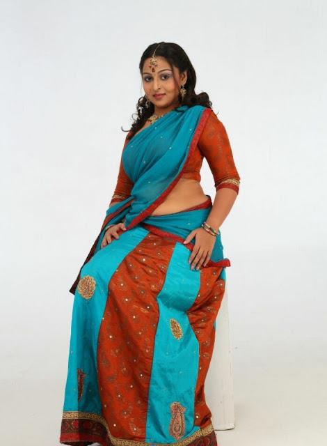 Divya Prabha Telugu Actress Beautiful Pics In Saree Actress Trend