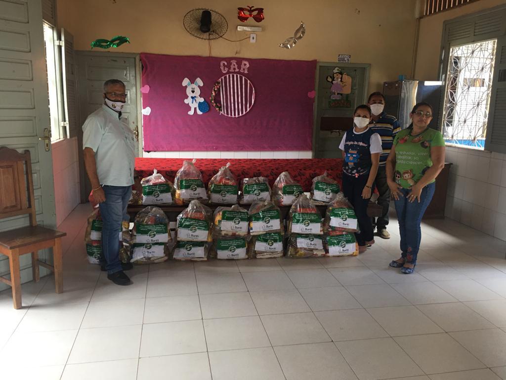 Famílias de 11 cidades do Pará recebem cestas básicas do Grupo Buriti
