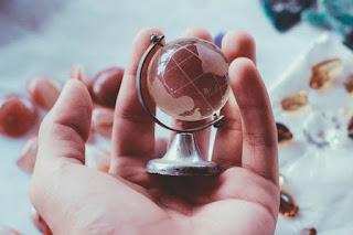 Globe - small - Photo by Fernando @cferdo on Unspla
