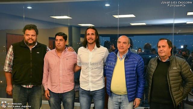 Martín Astudillo fue presentado como entrenador de Gimnasia