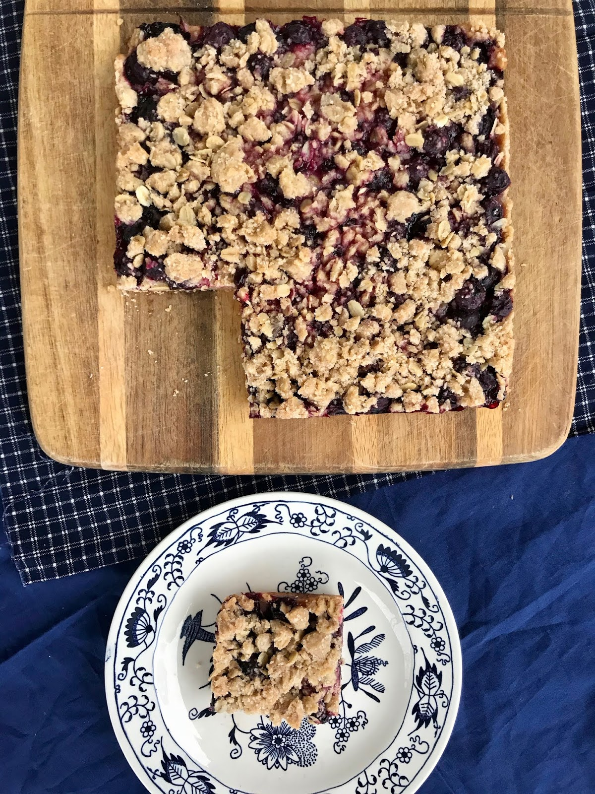 Blueberry Oatmeal Crisp Bars