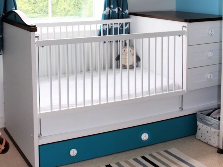 Babios extendable nursery cot bed review