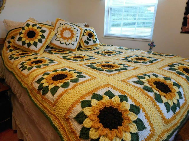 Crochet Sunflowers Pattern