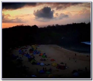 Gambar pemandangan sunrise di Pantai Sedahan