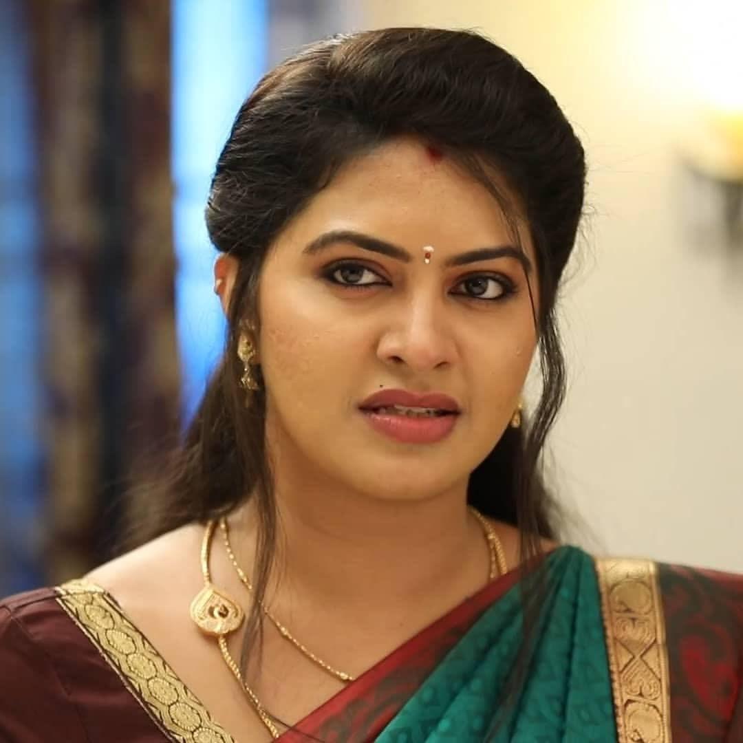 Rachitha mahalakshmi cute Expression, Hot TV Actress Tamil 3