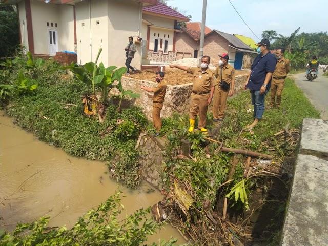 Ratusan Rumah Terendam Banjir Di Pesawaran, Dinas PU PR Langsung Turun Ke Lokasi