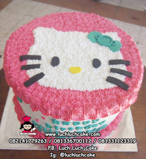 Birthday Cake Hello Kitty Buttercream Simpel