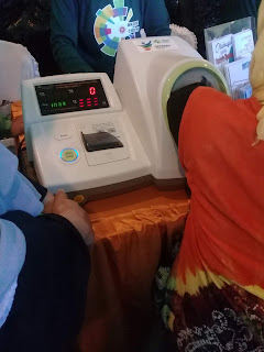 cek tekanan darah sebelum pemeriksaan iva