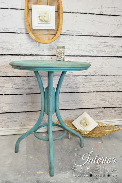 farmhouse pedestal cafe table