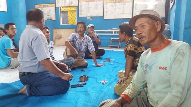 Para Petani Cabai Dan Palawija Di Desa Bakung Dapatkan Bantuan