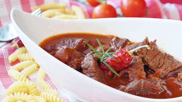 How to prepare Beef Bourguignon - RictasBlog