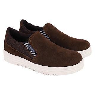 Sepatu Slip On Anak Cowok CNY 102