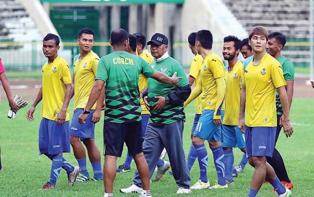 Gresik United vs Sriwijaya FC