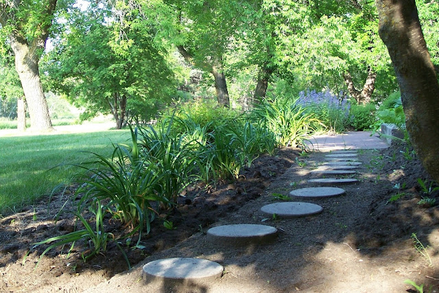 Stepping Stones pathway