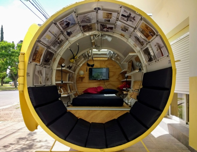 The architect turned an ordinary oil tank into a cozy tiny house, An Oil Tank Home , Martin Maro turned a fuel tank into a house, Unusual dwelling from an old diesel tank