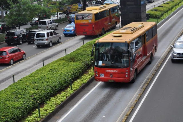 Jakarta Dianugrahi Sustainable Transport Award 2020