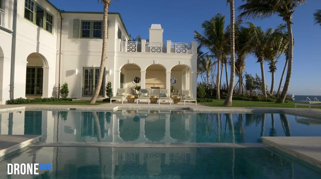 52 Interior Design Photos vs. Tour 901 N Ocean Blvd Palm Beach FL