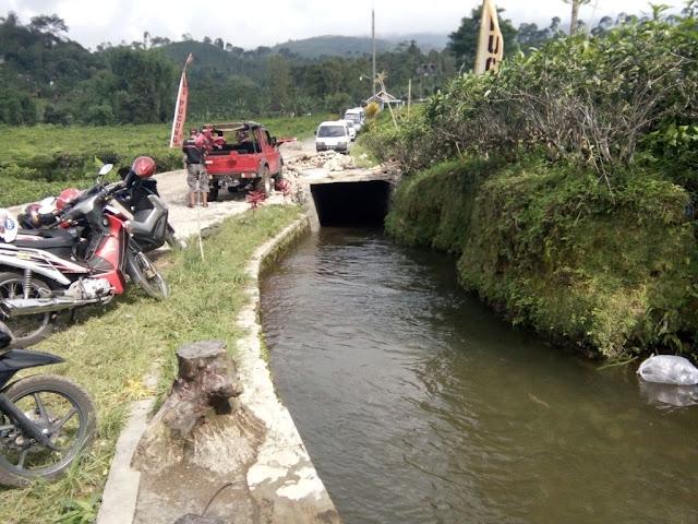 Terowongan  saat tubing di Kali Pucung
