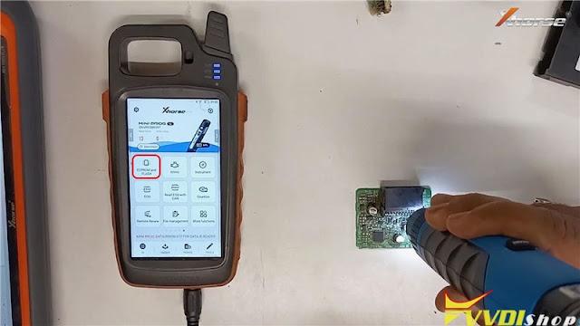 VVDI Mini Prog + Key Tool Max Add Toyota G Chip ID72 Key 3